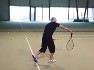 Jörg (65+ / SUI) - 1st service 3.0 in the practice - follow through 1 with targeted pronation - 2015 Aesch / Switzerland
