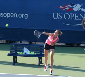 Karolina Pliskova (*92 / CZE) - serve during a practice before the 2016 US.Open - NYC / USA - August 2016