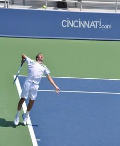 Radek Stepanek (*78 / CZE) - 1st service in a match - 1 of 2 - push-off - 2011 Cincinnati Masters, OH / USA
