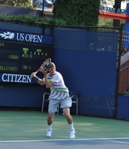 Jack Sock (*92 / USA) - forehand in the match - 1 of 1 - follow through 1 - 2010 US.Open - New York